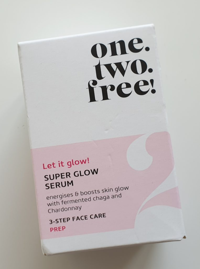 one.two.free Super Glow Serum